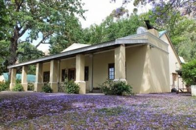 Erzette Guest House