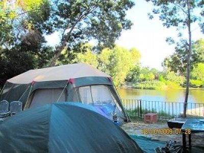 River House Cottages & Camp Sites